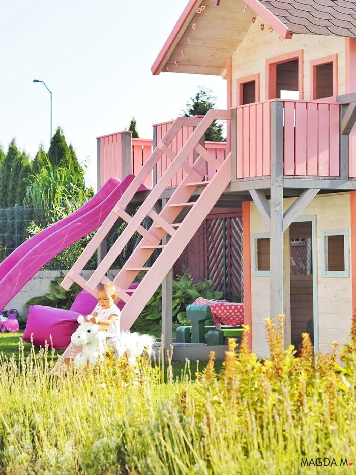 drewniany plac zabaw dla dziewczynek